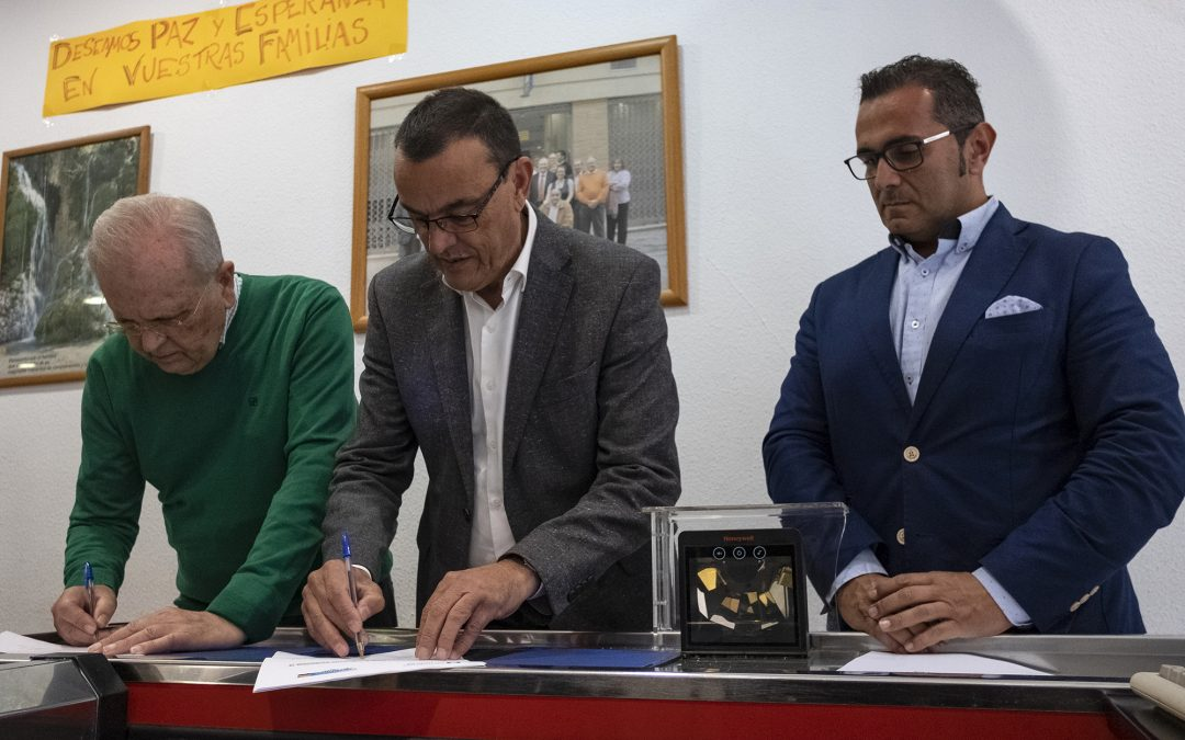 Resurgir renueva el Convenio con la Diputación del que se benefician al año 22.000 personas vulnerables